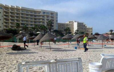 На курорті у Тунісі невідомий розстріляв 27 туристів