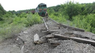 На Луганщині невідомі підірвали залізницю