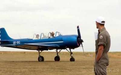 Пілот з Чернівців виступив на грандіозному авіашоу під Одесою (ФОТО)