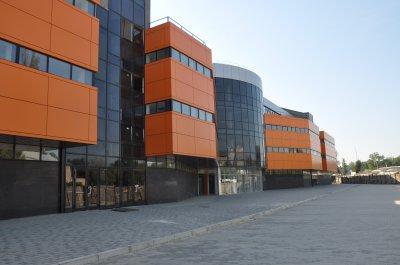Конфлікт щодо торгового центру в Чернівцях спробують вирішити депутати