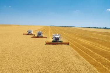 США поставлять в Україну сільгосптехніку на мільярд доларів