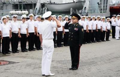 Полторак сподівається, що українські кораблі повернуться з анексованого Криму