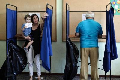 За попередніми підрахунками 61% греків висловилися проти продовження політики жорсткої економії