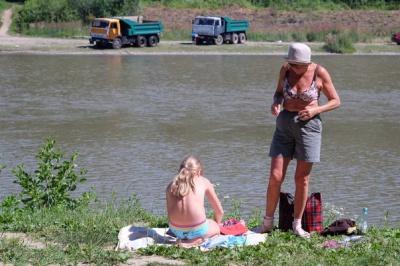 Пити воду з Пруту на пляжі в Чернівцях не можна