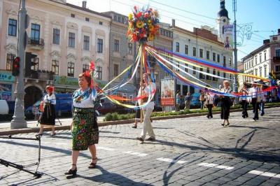 """Програма свята """"Петрівський ярмарок"""" у Чернівцях (11-12 липня)"""