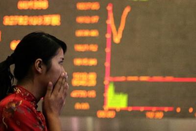 ЗМІ: У Китаї фіксується різкий обвал на фондових біржах