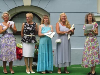 Випускники Університету третього віку в Чернівцях отримали дипломи (ФОТО)