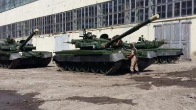ЗСУ отримали першу партію модернізованих танків Т-80