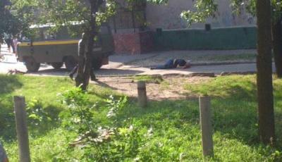 У Харкові, під час нападу на поштове авто, застрелили трьох людей