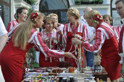 У Чернівцях для хворих дітей зібрали дев'ять тисяч гривень (ФОТО)