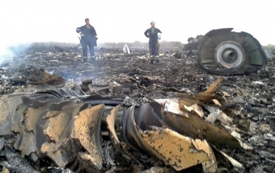 """У Росії знову """"проштовхують"""" версію, що Боїнг збили ракетою «повітря-повітря»"""