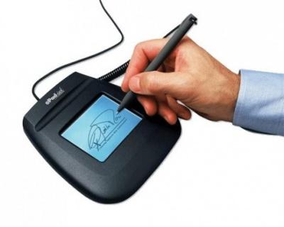 У Чернівцях 1151 чернівчанин безкоштовно отримав «цифровий підпис»