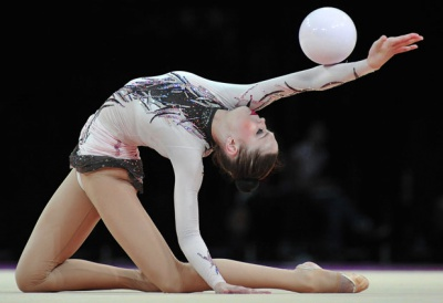 Художні гімнастки розіграли чемпіонат Буковини