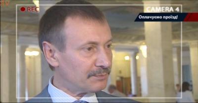 Нардеп із Буковини Папієв не повірив, що кожен 4-й його колега літає за гроші бюджету (ВІДЕО)