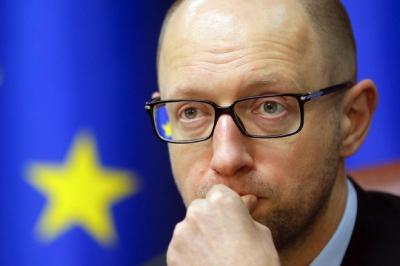 Яценюк запевняє, що держборг України скоротився на 5 мільярдів доларів