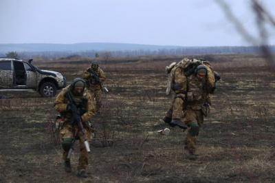 За минулу добу в зоні АТО загинуло двоє військових, 14 поранено