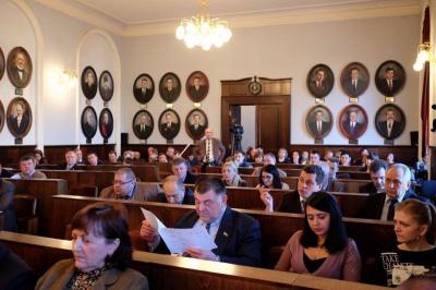 Міськрада Чернівців просить Порошенка скасувати плату за приєднання до електромереж