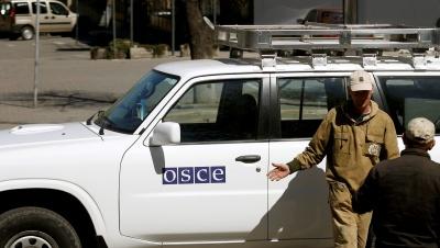 У Донецьку спалили чотири машини місії ОБСЄ