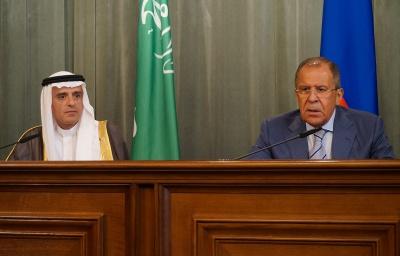 Лавров бубонів матюки собі під ніс під час зустрічі з головою МЗС Саудівської Аравії (відео)