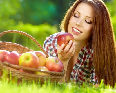 Яблучна шкірка врятує від раку
