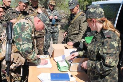 За підписання контракту військовий отримає близько 10 тисяч гривень