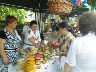 На Буковині відбулося Свято меду (ФОТО)