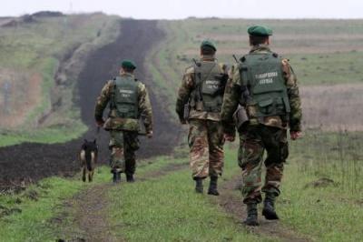 У лісі на Буковині прикордонники затримали громадян Сомалі