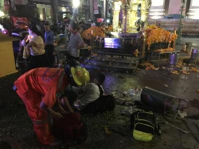 У Таїланді біля храму вибухнула бомба: загинули 12 людей