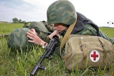 Військкомати ледве знайшли чотирьох лікарів з Буковини для відправки в АТО