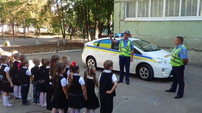 """На Буковині стартував місячник """"Увага! Діти на дорозі!"""""""