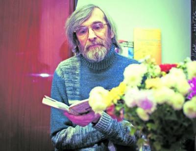 Чернівецький поет готує друге видання книг-присвят