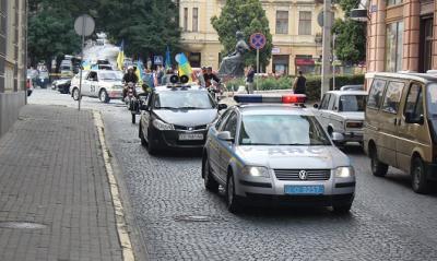 14 екіпажів ДАІ забезпечують порядок на дорогах Буковини у День Незалежності