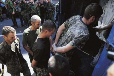 З полону звільнено 12 українських полонених