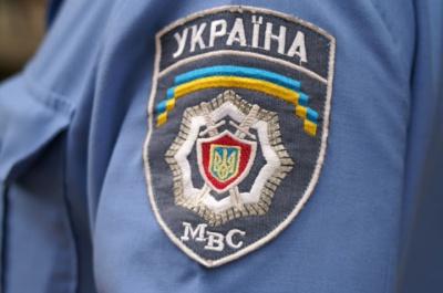 У Чернівцях невідомі молодики затримали учасника АТО і відвезли в міліцію