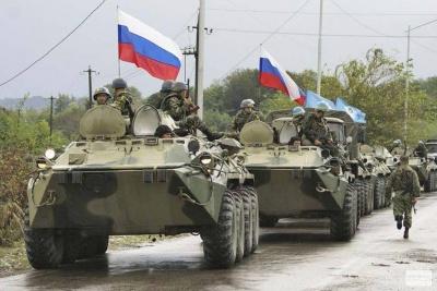 Росія за місяць перекинула на Донбас понад 500 одиниць техніки