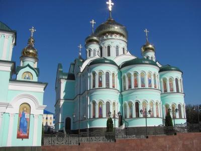 Столичні туристи про монастир у Банченах: «Такої розкоші я ще не бачила» (ФОТО)