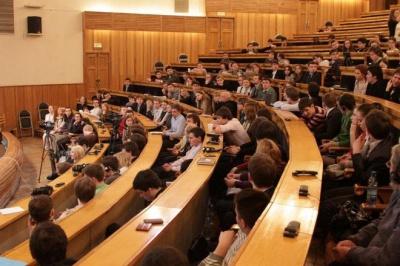Майже тисяча чернівчан скористалась правом на відшкодування витрат на навчання