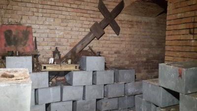 У костелі в Чернівцях виявили останки польських вояків, похованих 75 років тому (ВІДЕО)
