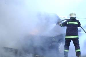 На Буковині згорів Lexus