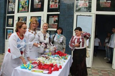 Вчителі в Чернівцях створили Волонтерську сотню