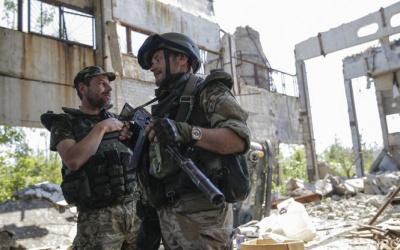 Прес-центр АТО нарахував за минулу добу 14 порушень перемир'я з боку бойовиків