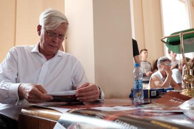 У Чернівцях письменники говорили про культуру на тлі війни (ФОТО)