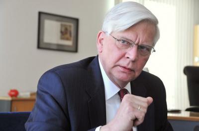 Немецкий посол возмутился, что в Черновцах нет самолетов