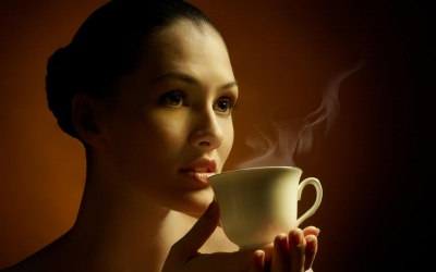 Чому не варто пити каву зранку