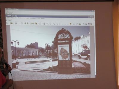 Над туристичними стелами для Чернівців автори ще попрацюють