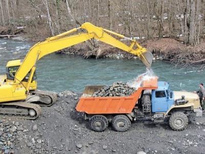 На Буковине незаконно добывали гравий