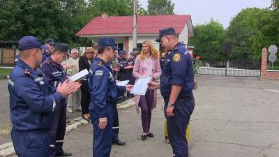 До Чернівців із зони АТО повернулися 14 рятувальників