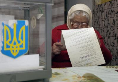 Серед членів виборчих комісій на Буковині є колишні кандидати та спостерігачі