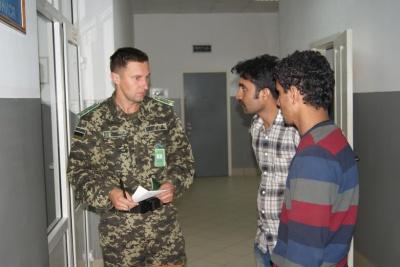 На Буковині затримали трьох нелегалів з Афганістану і Пакистану