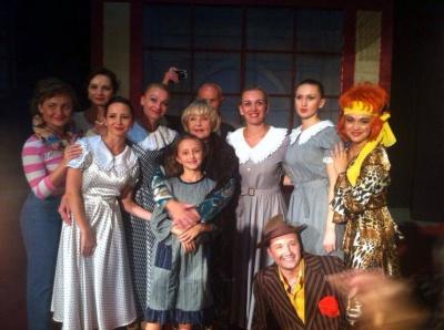 Під час театрального фестивалю чернівецьким акторам стоячи аплодувала Ада Роговцева